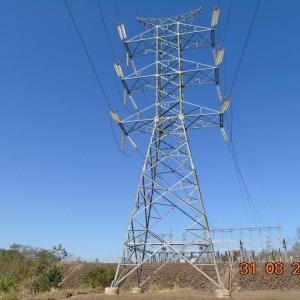 Torre de transmissão de energia elétrica