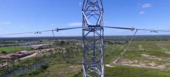 Drone para inspeção de linha de transmissão